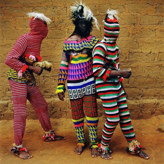 ©Phyllis Galembo, Ngar Ball Traditional Masquerade Dance, Cross River, Nigeria, 2004